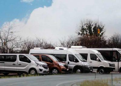 Szeroki wybór autobusów